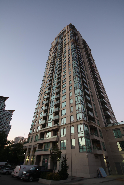 3504 Hurontario Street Mississauga Eden Park condominium