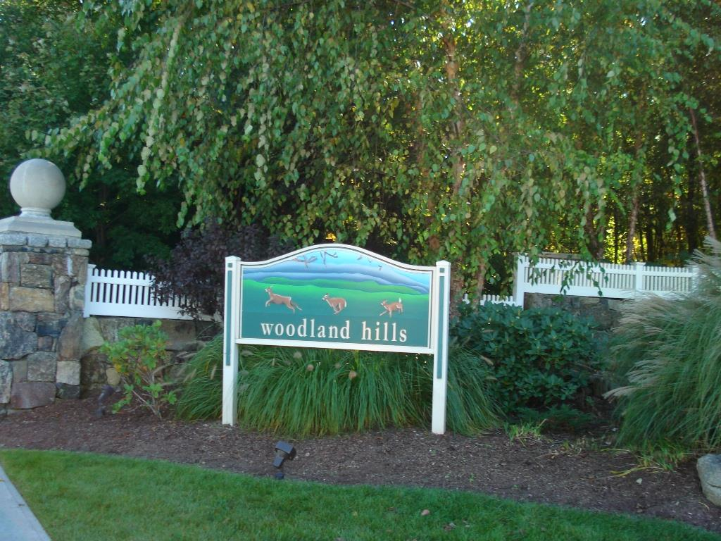 Enterance To Woodland Hills in Danbury,CT