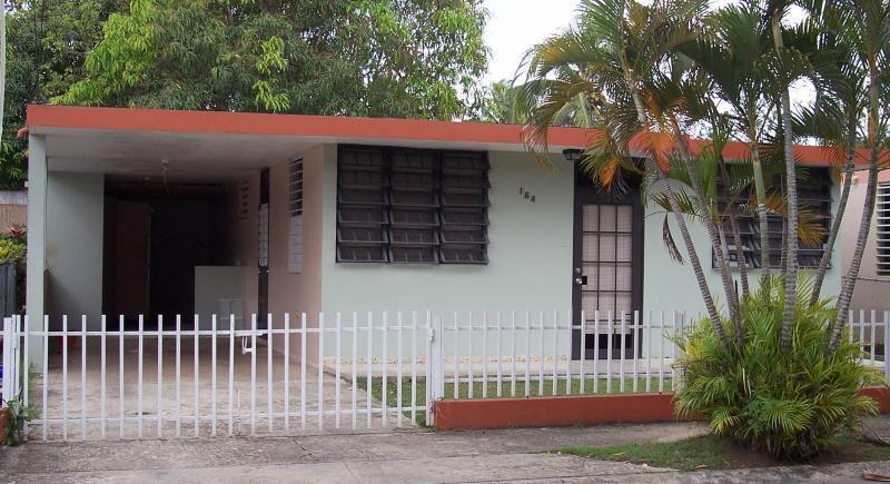 Los Robles, Moca