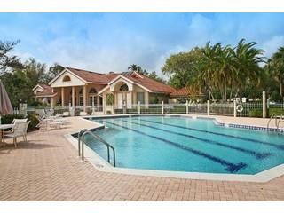 Monterey Naples Fl community pool