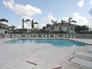 Stratford Place Naples Fl community pool