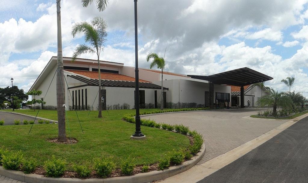 Entrance to CIMA Hospital in Guanacaste