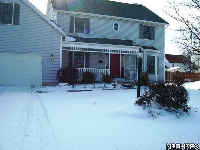 830 Forde Ave, Amherst, Ohio, 44001, SOLD HOME, $175,000, 4 bed, 2.5 bath colonial, Apple Orchard, basement, fireplace, deck, Amherst schools, family room, whirlpool tub, master suite, 2200 sq ft, JoAnn Abercrombie, sold, REMAX Pros