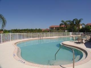 Laurel Lakes Naples Fl neighborhood pool