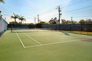 Moon Lake Naples Fl tennis courts