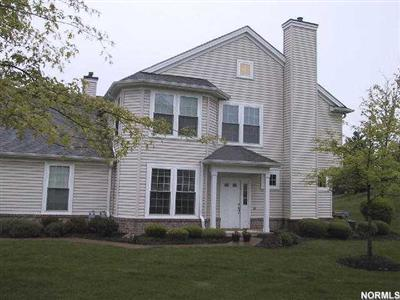 2679 Wyndgate, Westlake, Ohio 44145, Luxurious 3 Bedroom Townhome, 2.5 Baths, Walk to Crocker Park