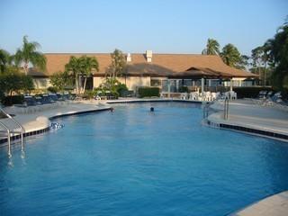 Glades Naples Fl community pool