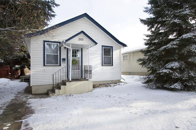 Photos of Typical homes in Buena Vista, Saskatoon