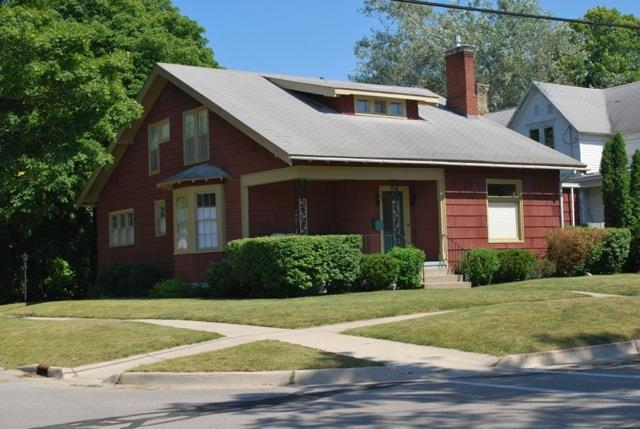 arts and crafts style 4 bedroom homes for sale in Manistee