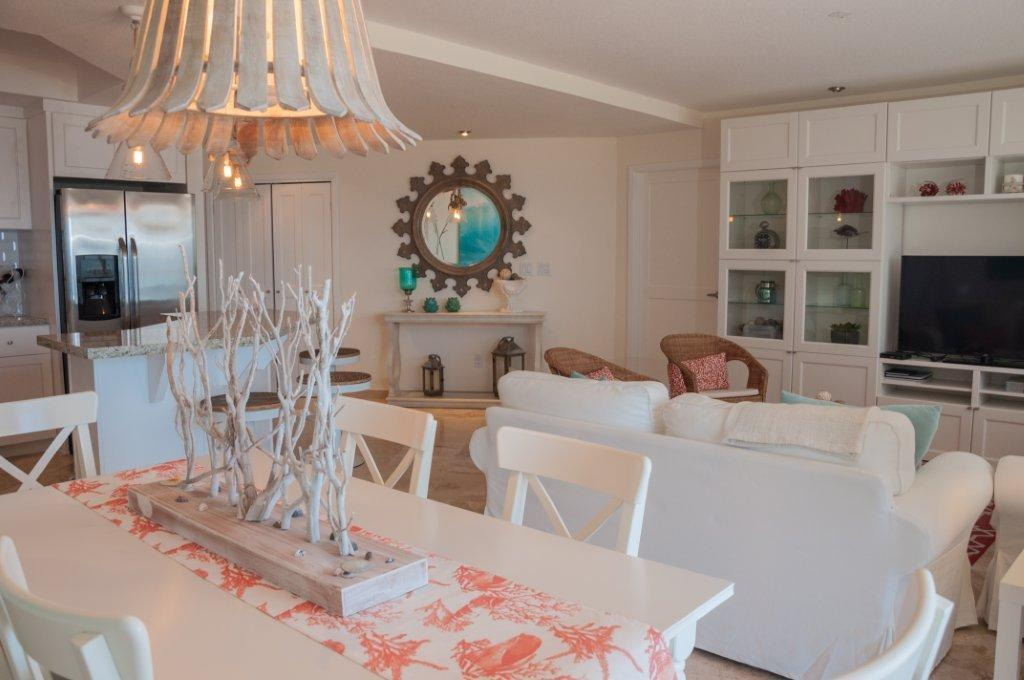 La Jolla Excellence interior finishes - Dining table & Living Room