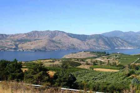 Find Chelan Homes Land & Condos for sale on helloChelan.net