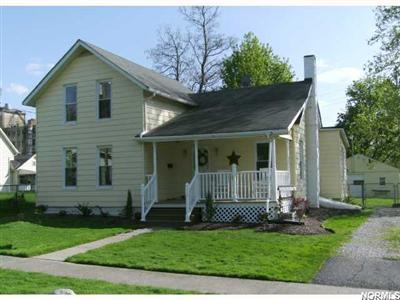 991 Oak St., Grafton, Ohio 44044, updated in and out, 3 bedroom charmer, gorgeous remodedled cherry kitchen
