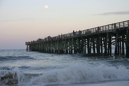 Flagler Beach Pier Surfing