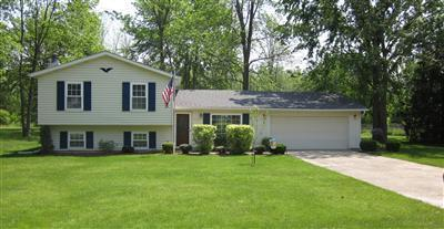 5075 Jaycox Rd, North Ridgeville, Ohio, 44039, SOLD HOME, split level home, 3 Bedroom, 2 Bath, 1 acre, parklike yard, family room, woodburning fireplace, remodeled kitchen and baths, completely updated, $130,000