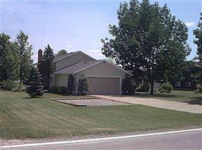 8807 Bender Rd, North Ridgeville, Ohio, 44039, SOLD HOME, 4 Bed, 2 Full Baths, Half Acre, Split Level Home