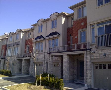 Cobblestone Mews executive townhouses Mississauga