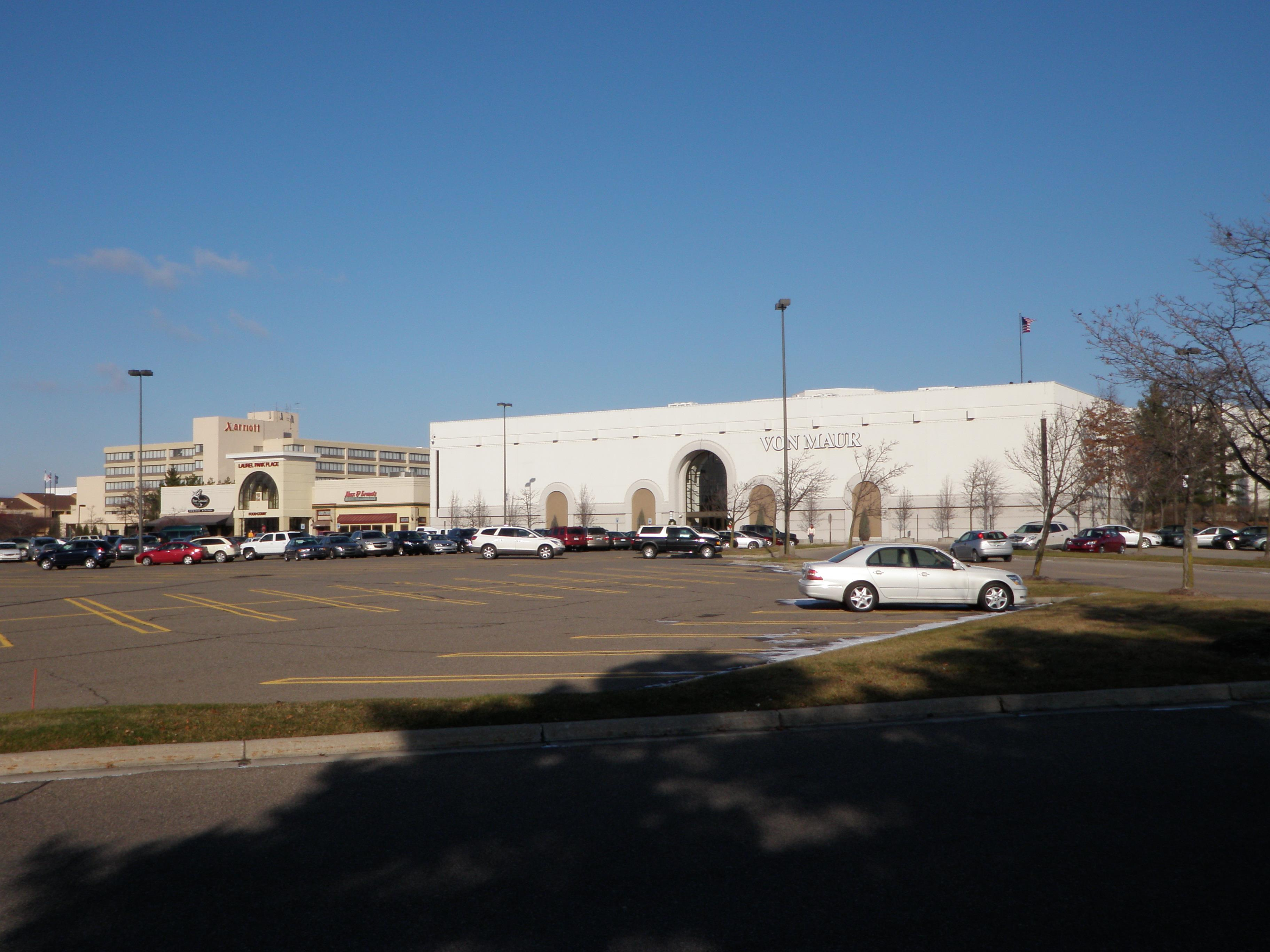 Laurel Park Place Mall Livonia Michigan