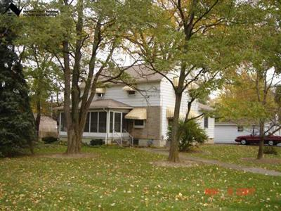 2511 West River Rd, Elyria, Ohio 44035, 4 Bedroom, 2 Bath Colonial, One Acre Lot, Country in the City