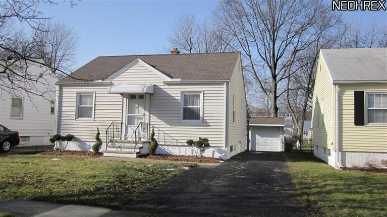 284 Bellfield Ave., Elyria, Ohio, 44035, SOLD HOMES, 2 bedrooms, basement, garage, ranch, JoAnn Abercrombie, REMAX Pros