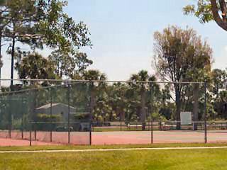 Sapphire Lakes Naples Fl tennis courts