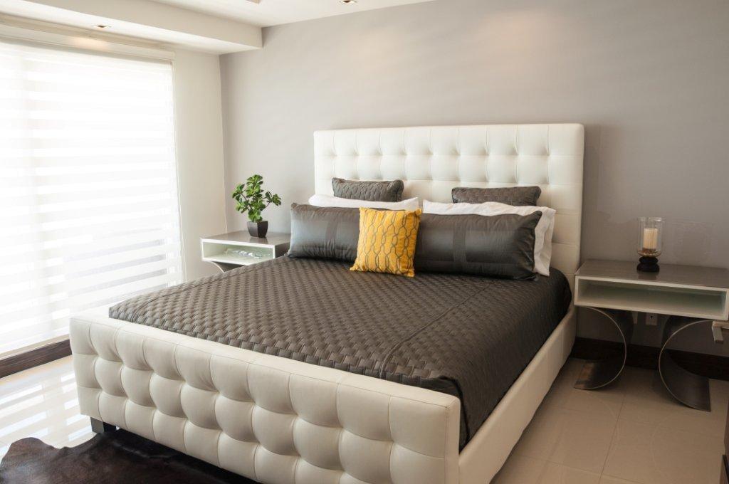La Jolla Excellence interior finishes - Modern Bedroom