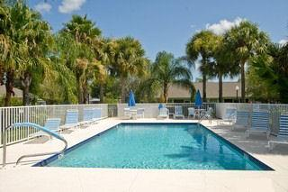 Regent Park Naples Fl pool