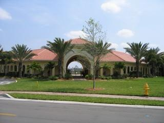 Aviano Naples Fl clubhouse