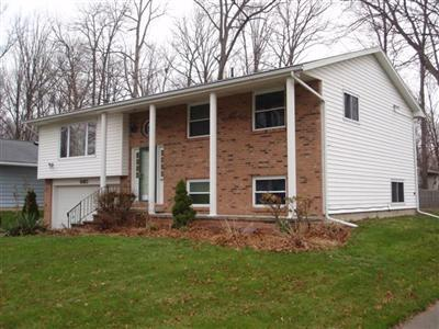 660 Augdon, Elyria, Ohio, 44035, SOLD HOME, 4 Bedroom, 2 bath, bank foreclosure owned bi-level home, large deck, family room, JoAnn Abercrombie, top Elyria Realtor