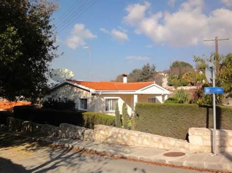1-Tsada-bungalow-for-sale-Paphos
