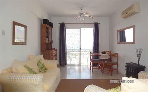 1-Chloraka-apartment-for-sale-Cyprus