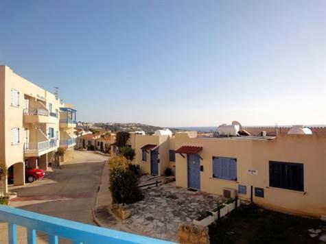 1-Chloraka-apartment-Paphos-for-sale