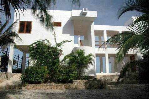 Home for Sale in Akumal, Quintana Roo $1,200,000