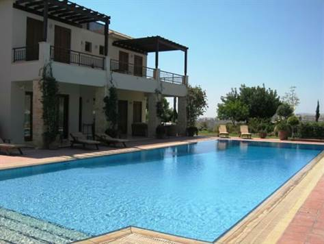 1a-Aphrodite-Hills-Villa-Paphos