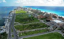 Lots and Land for Sale in Cancun, Quintana Roo $30,000,000