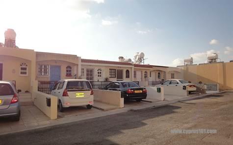 1-Kissonerga-property-for-sale