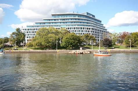 The Shores Luxury Waterfront Condos Camrine Sturino & Mary Sturino Oakville Real Estate Broker 905-302-8111 - Copy