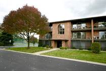 Condos for Sale in Palos Hills, Illinois $149,900