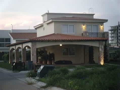Hacienda Marina Real