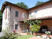 Homes for Sale in Capannori, Lucca, Tuscany €650,000
