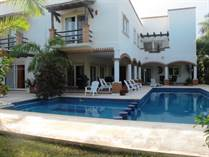 Homes for Sale in Playa del Carmen, Playa Paraiso, Quintana Roo $890,000