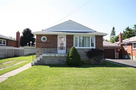 WELCOME TO 160 BRENTWOOD DRIVE HAMILTON ONTARIO