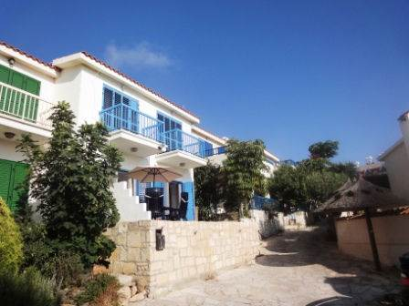 1-Chloraka-property-for-sale