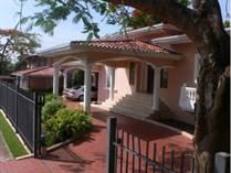 Homes for Sale in Altos Del Golf, Panamá, Panamá $1,370,000