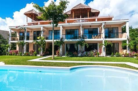 Puerto Aventuras Penthouse Condominium for Sale