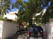 Multifamily Dwellings for Sale in Ocean Park, San Juan, Puerto Rico $575,000
