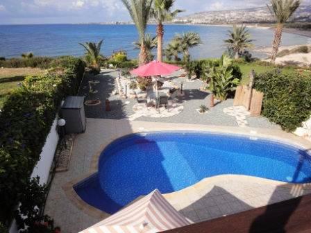 1-Kissonerga-Villa-by-the-sea