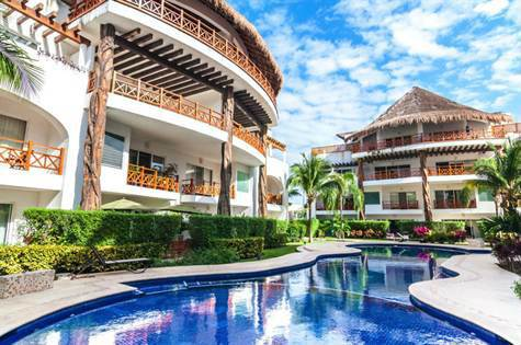 Poolside Condominium for Sale Downtown