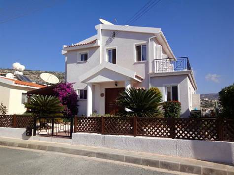 1-Peyia-villa-for-sale-in-Paphos