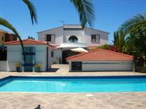 Homes for Sale in Sea Caves, Paphos €895,000