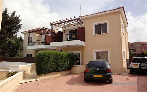 Kato-paphos-cyprus-property-apartment-2-bed-1